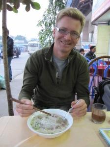 Tradicinė Pho Bo sriuba pusryčiams Vietname